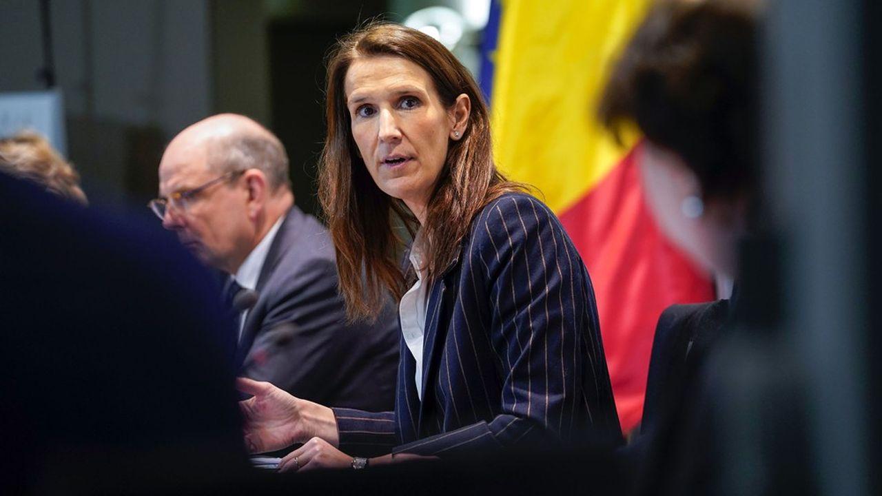 La Première ministre belge, Sophie Wilmès, a choisi de privilégier un décompte détaillé des décès.