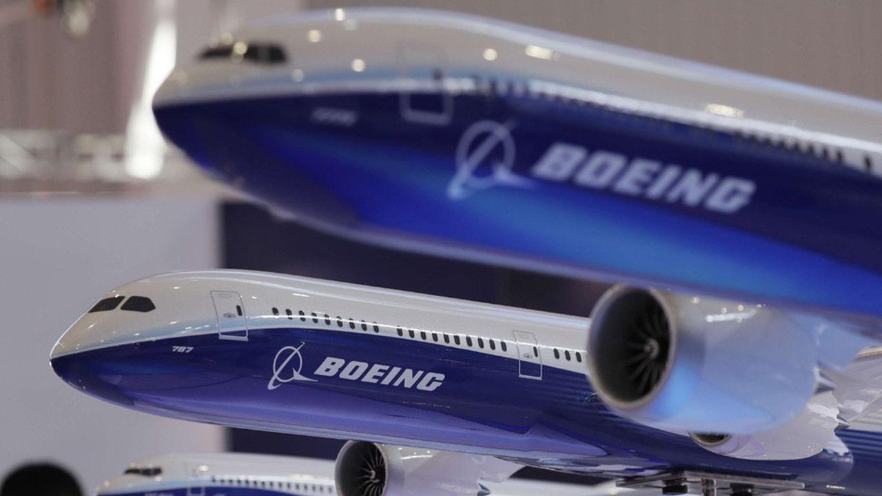 Si Boeing ne précise pas les raisons du renoncement à cette opération, il intervient à un moment difficile pour le constructeur aéronautique.