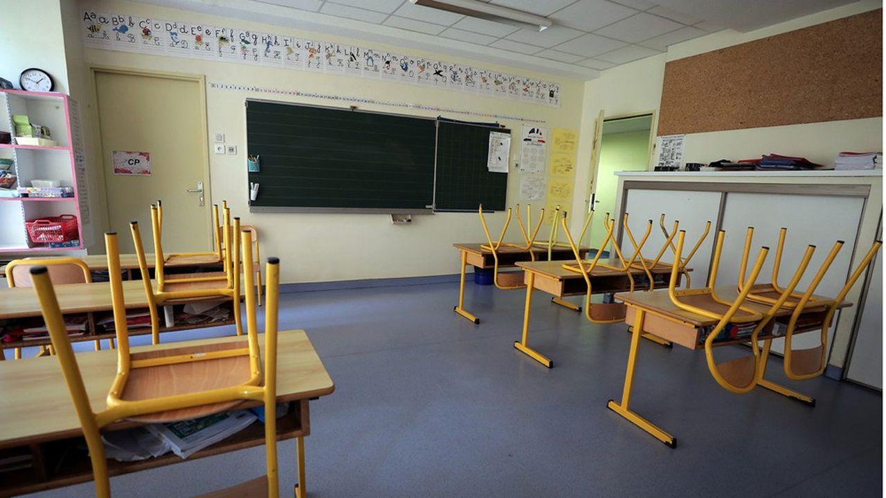 En vue de la réouverture des écoles à compter du 11 mai, le Conseil scientifique recommande « que les enfants mangent dans la salle de classe à leur table » si cela est possible.