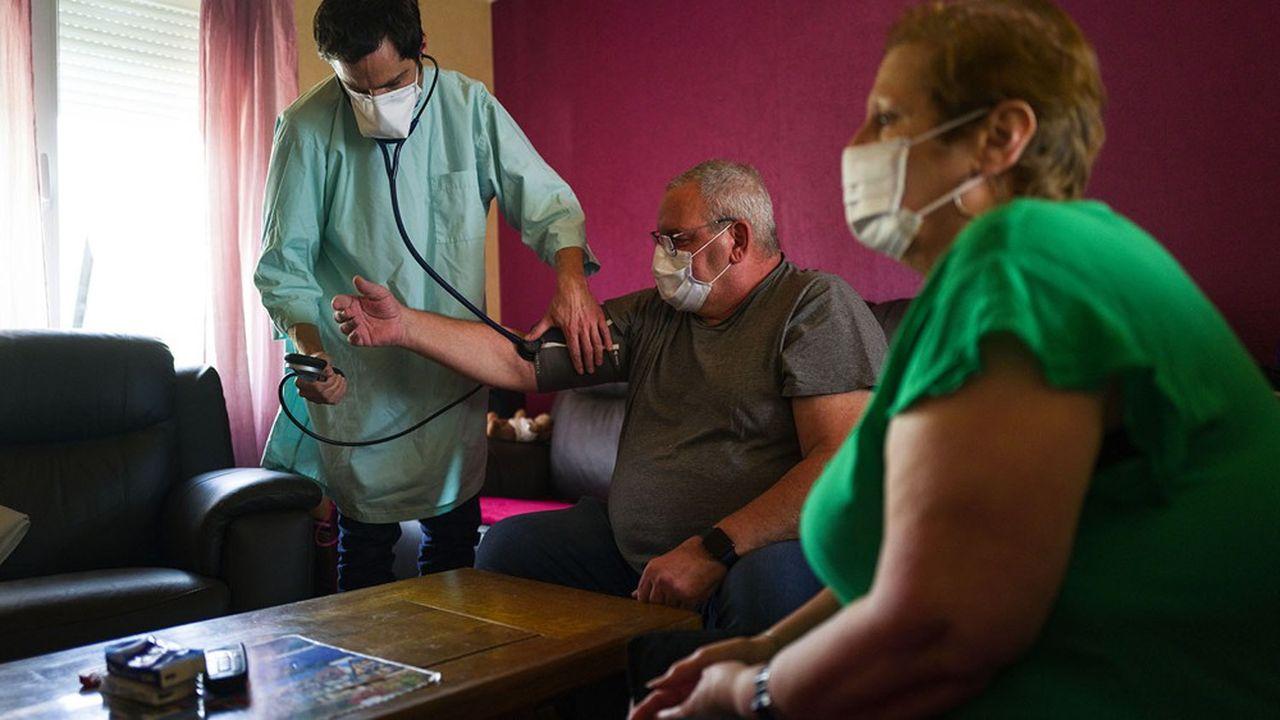 Les médecins de ville revendiquent un rôle important dans la phase de décrue de l'épidémie.