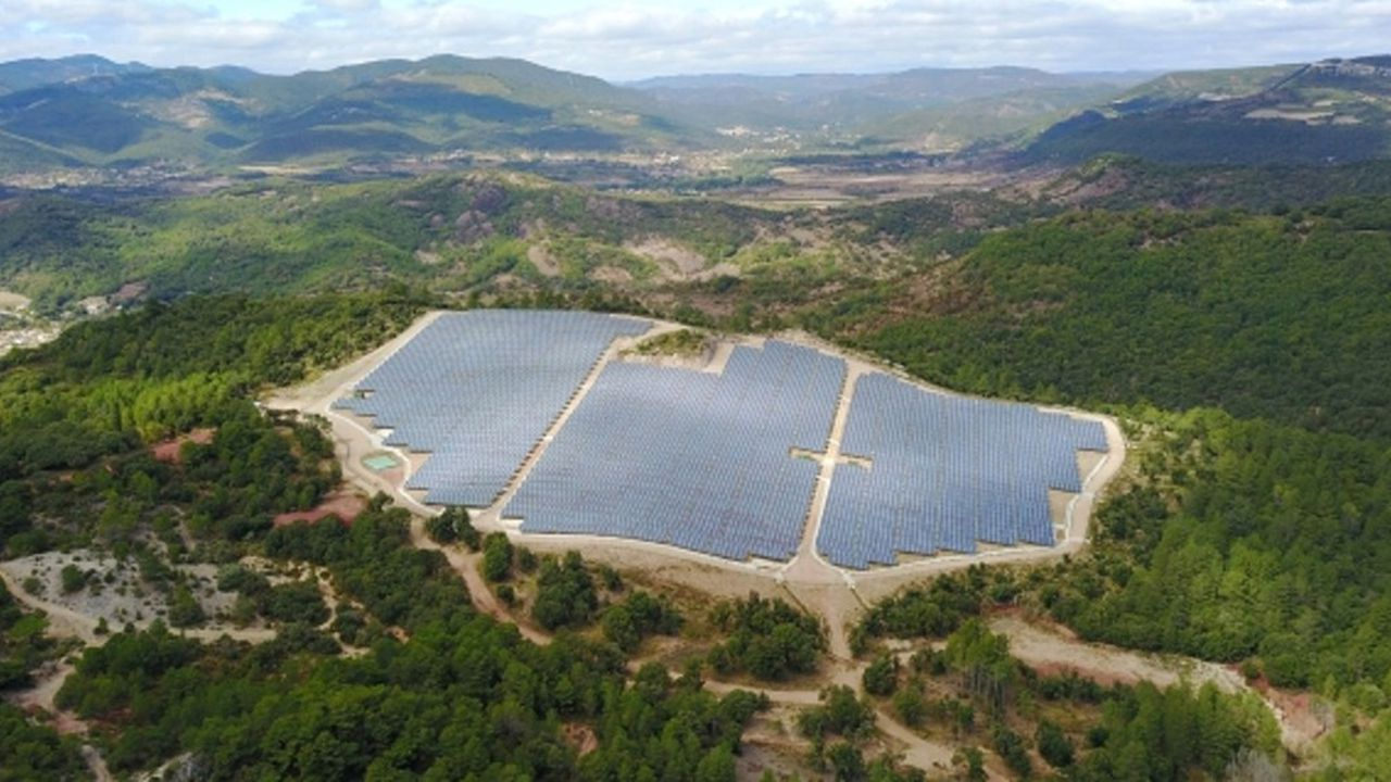 Le développeur revendique plus de 2.000 réalisations et exploite 250 mégawatts en France.