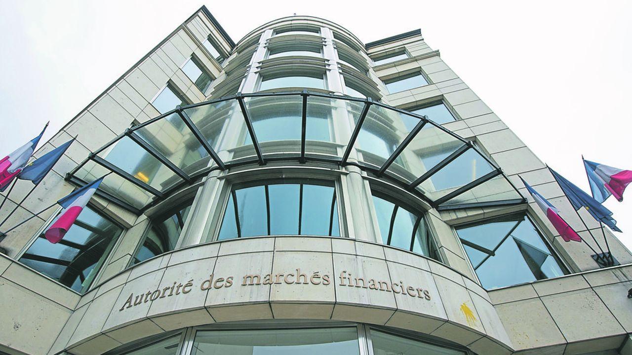 En 2017, le Conseil constitutionnel a déclaré le régime d'accès des enquêteurs de l'AMF aux données de connection non conforme à la Constitution.