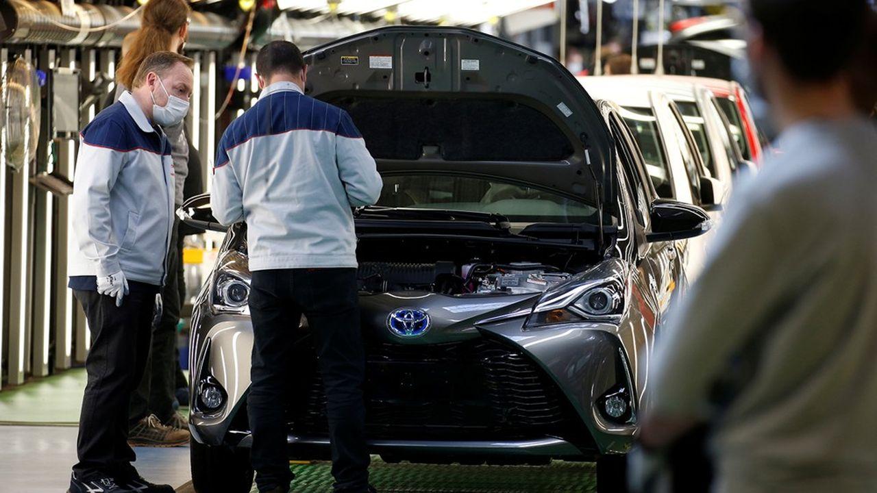 Certaines entreprises, qui avaient fermé à la suite du confinement, ont déjà commencé à reprendre le travail, comme Toyota à Valenciennes.