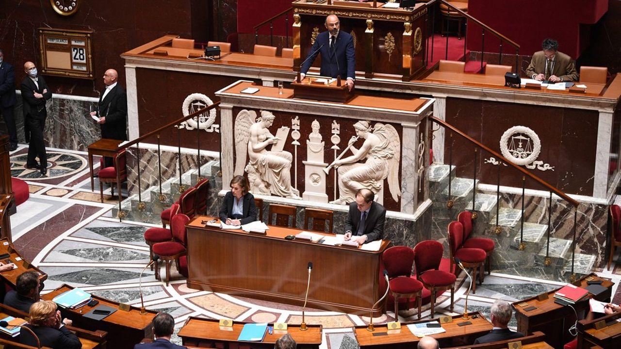 Le Premier ministre Edouard Philippe a présenté ce mardi après-midi la «première marche de trois semaines» du plan de déconfinement français.