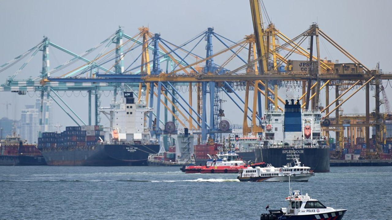 Singapour est l'une des plus importantes routes du transport maritime.