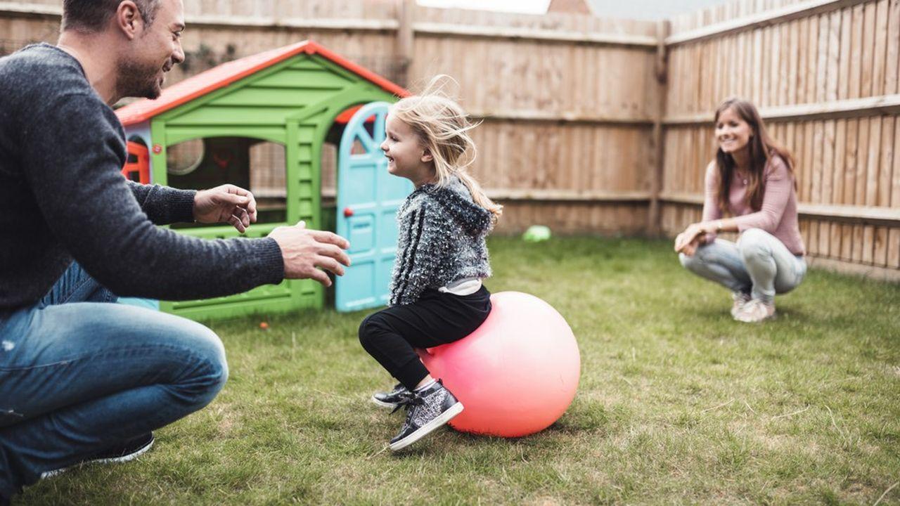 Ces jeux de plein air ont ainsi représenté 20% des ventes la semaine de Pâques, soit une hausse de 4 points comparée à la même période l'an dernier, selon The NPD Group.