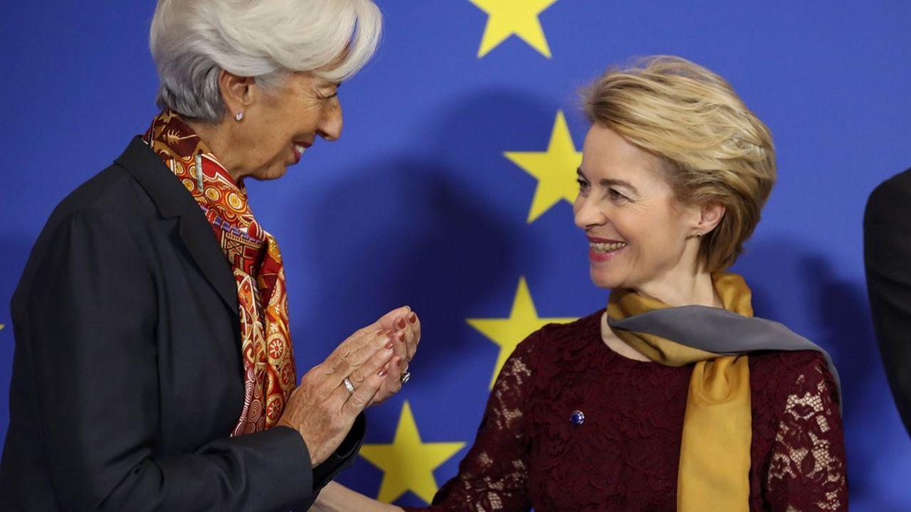Christine Lagarde (à gauche), la présidente de la Banque centrale européenne, et Ursula von der Leyen (à droite), la présidente de la Commission européenne.