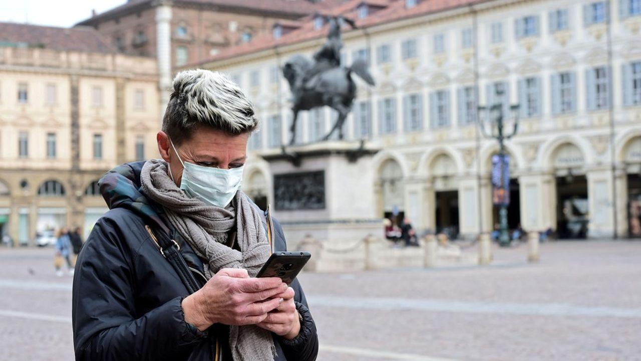 De nombreux pays européens dont la France avec StopCovid misent sur des applis de traçage pour préparer le déconfinement.