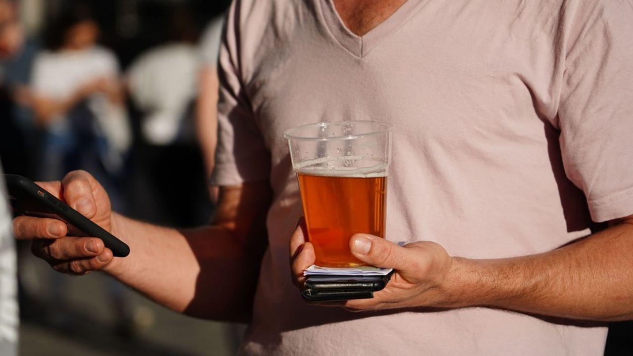 A l'inverse, les ventes de bière en grande distribution progressent.