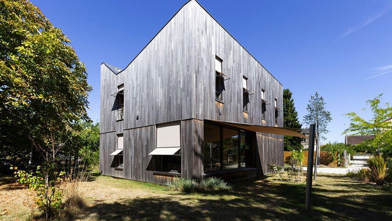 La Maison De La Semaine Une Maison En Bois De 180 M Pres De Tours Les Echos