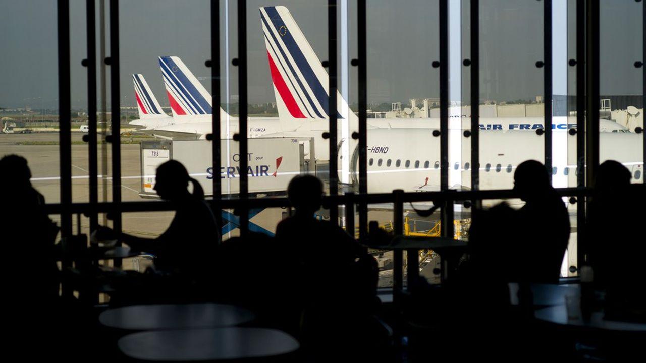 La disparition des vols d'Air France sur les trajets desservis en moins de 2h30 par le train concernerait seulement trois lignes à Orly.