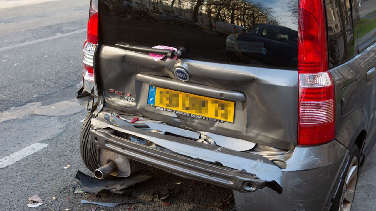 La Fédération française de l'assurance reconnaît qu'il y eut une baisse du nombre d'accidents « d'environ 75 % » depuis le début du confinement.