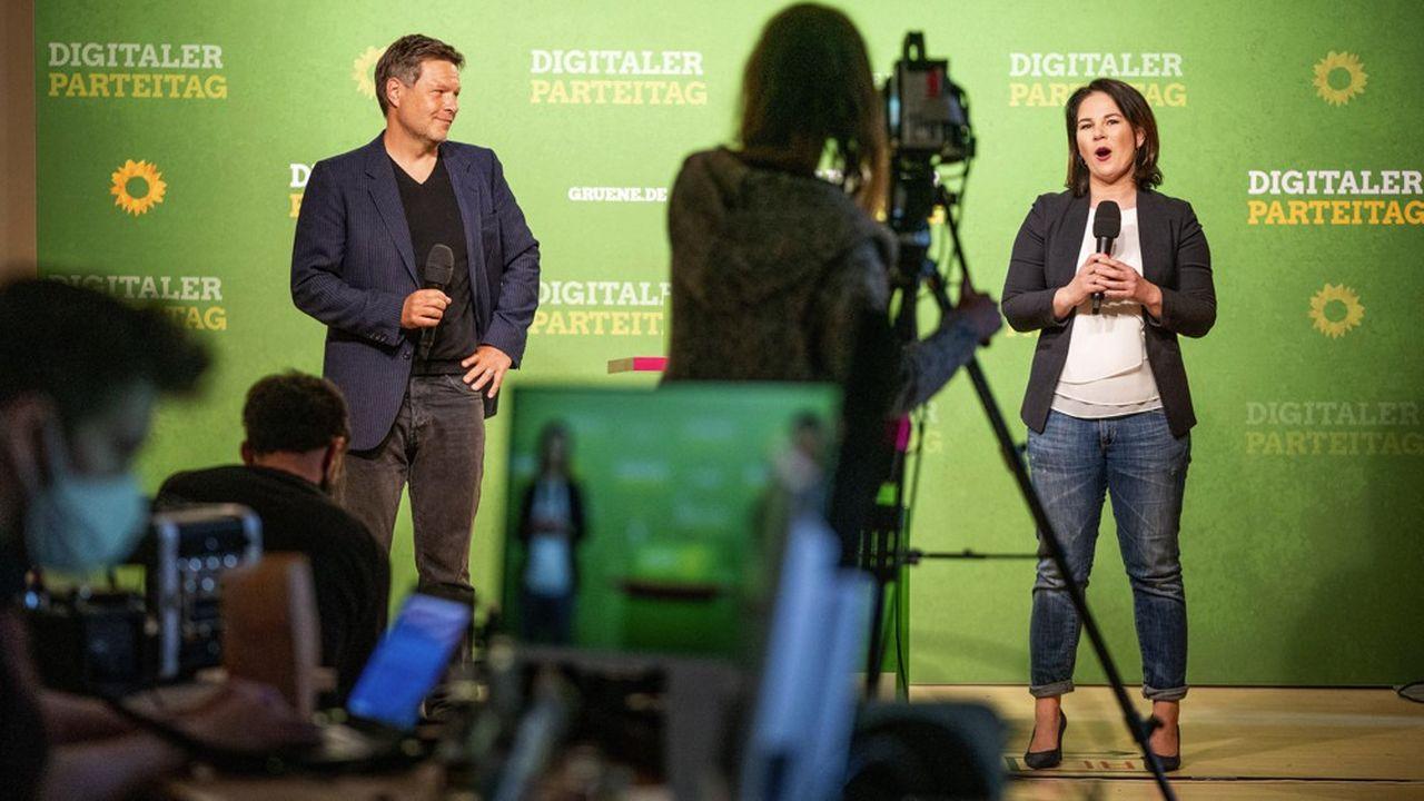 Annalenna Baerboeck et Robert Habeck lors du premier congrès digital des Verts allemands à Berlin le 2 mai.
