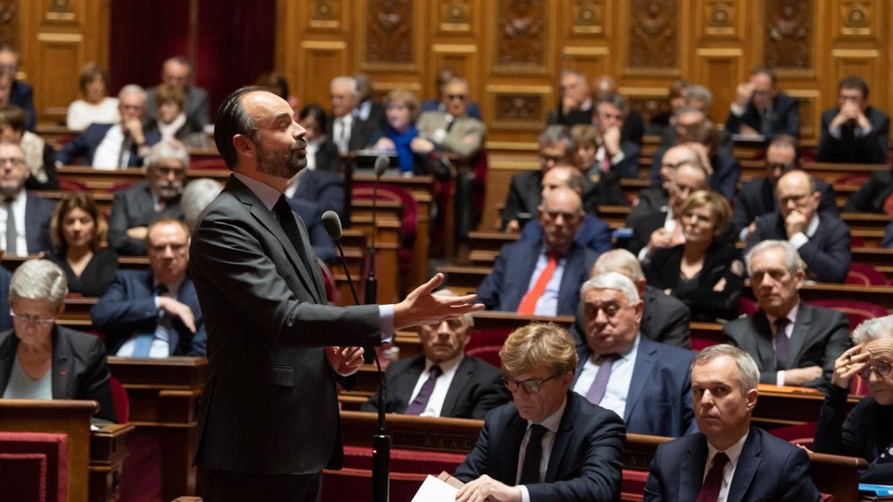 Le Premier ministre, Edouard Philippe, présente ce lundi au Sénat la stratégie nationale de déconfinement, avant l'examen par la Chambre Haute du projet de loi prorogeant l'état d'urgence sanitaire.