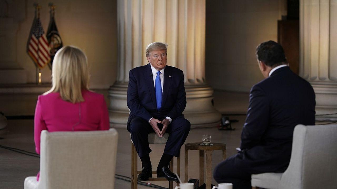 Donald Trump a répondu aux questions de Fox News, sa chaîne de télévision favorite, et de celles - enregistrées - d'Américains confinés.