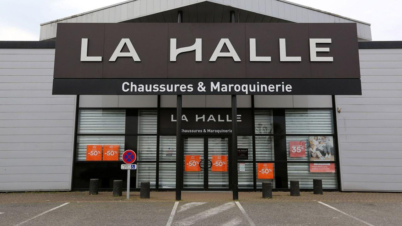 La Halle, qui a dû fermer l'ensemble de ses magasins du fait de l'épidémie de coronavirus, fait face à d'énormes difficultés de trésorerie.