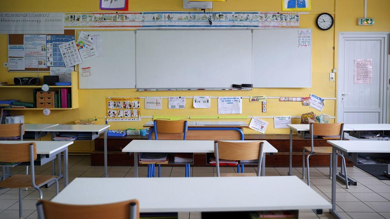 «Des maires qui étaient prêts à rouvrir leurs écoles risquent finalement de ne pas le faire», affirme l'Association des maires de France après les propos d'Edouard Philippe sur la responsabilité des maires.