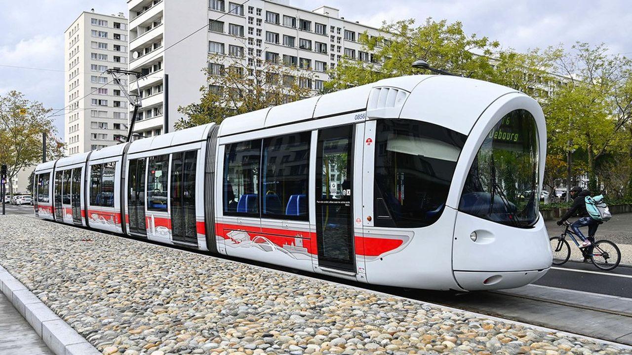 Dès le 11 mai, le Sytral (syndicat des transports en commun du Rhône et de l'agglomération de Lyon) remettra en service 80% de son réseau de bus, métro, funiculaires et tramway, réduit à 50% de ses capacités depuis mi-mars.