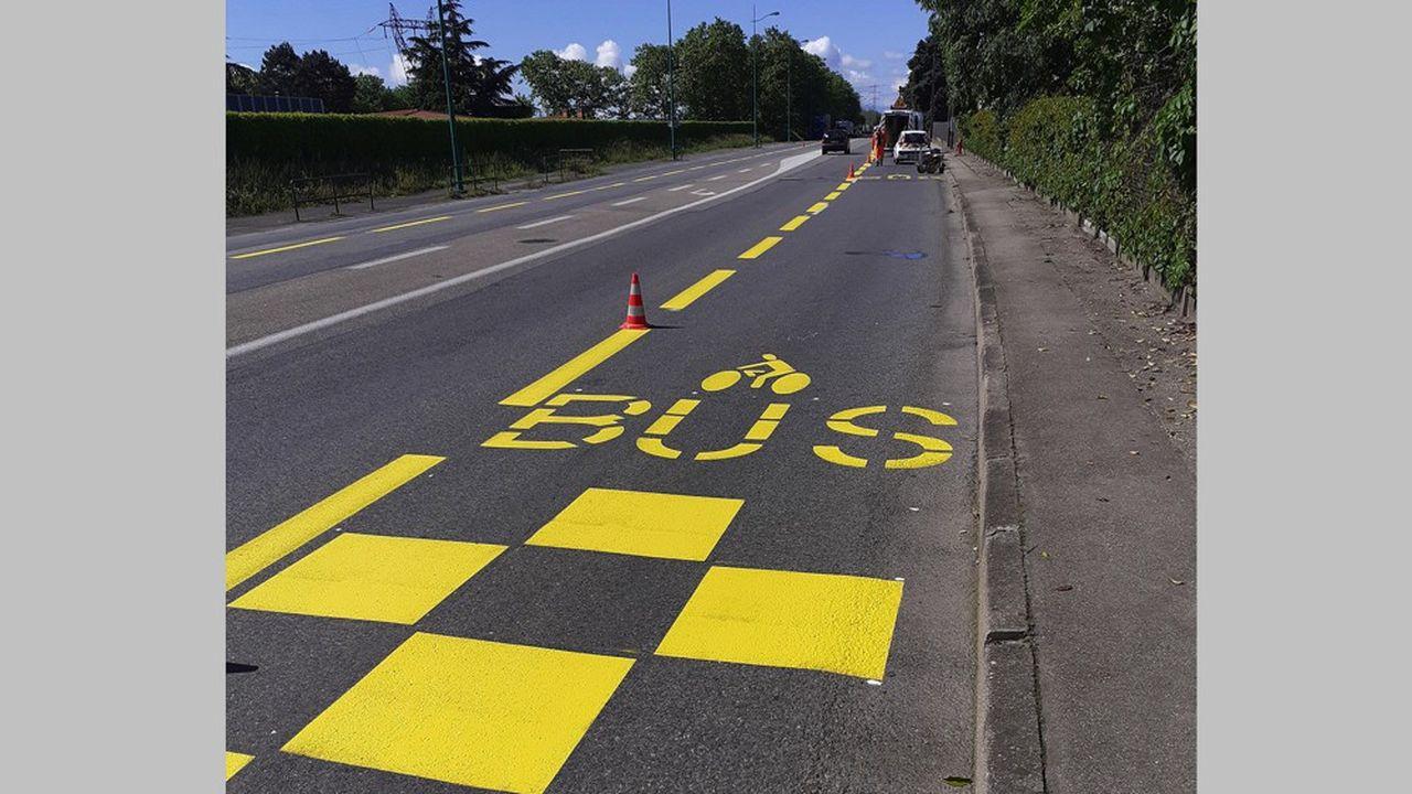 D'ici le 11mai, une douzaine de kilomètres de pistes cyclables seront aménagés dans ce cadre.