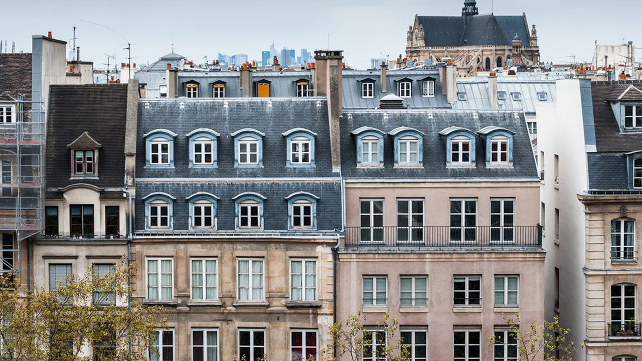 Des immeubles d'habitation à Paris.