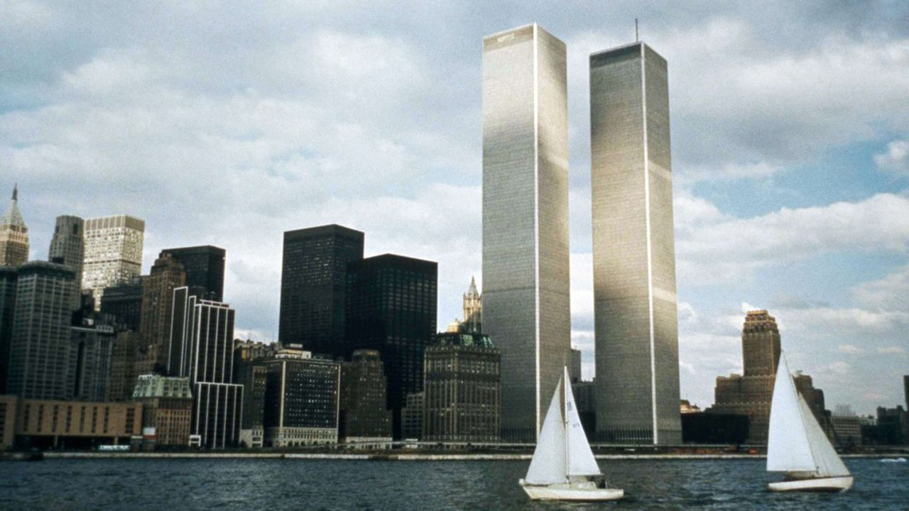 Les tours jumelles du World Trade Center, dans le quartier financier de New-York, aux Etats-Unis, en 1972.