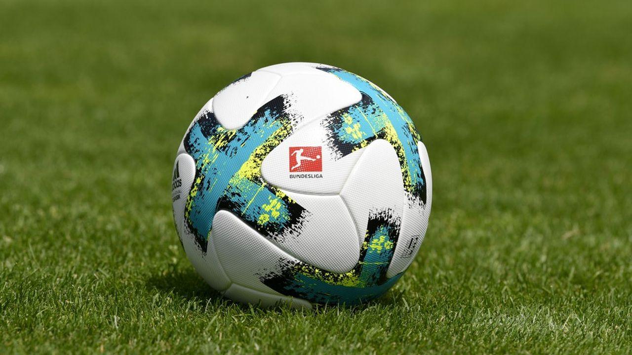 Au total, les 4.183 joueurs des dix ligues européennes pourraient valoir 10milliards d'euros de moins qu'en février, soit une baisse combinée de 26,5% de leurs valeurs.