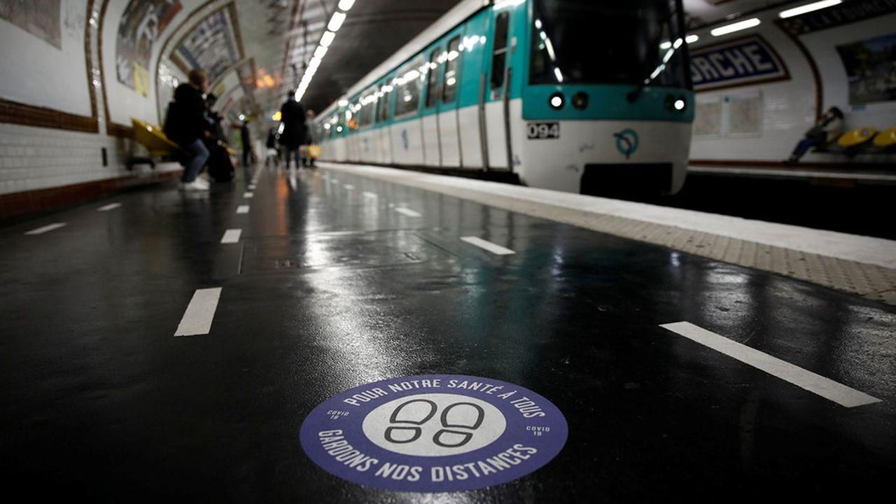 «La grande inconnue du 11mai, ce sont les flux entrants dans nos réseaux», selon la PDG de la RATP, qui va déployer 75% de ses véhicules mais limiter leur capacité d'emport à 15%.