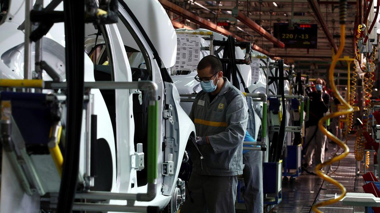 Pour Bruno Le Maire, «l'industrie automobile a trop délocalisé»