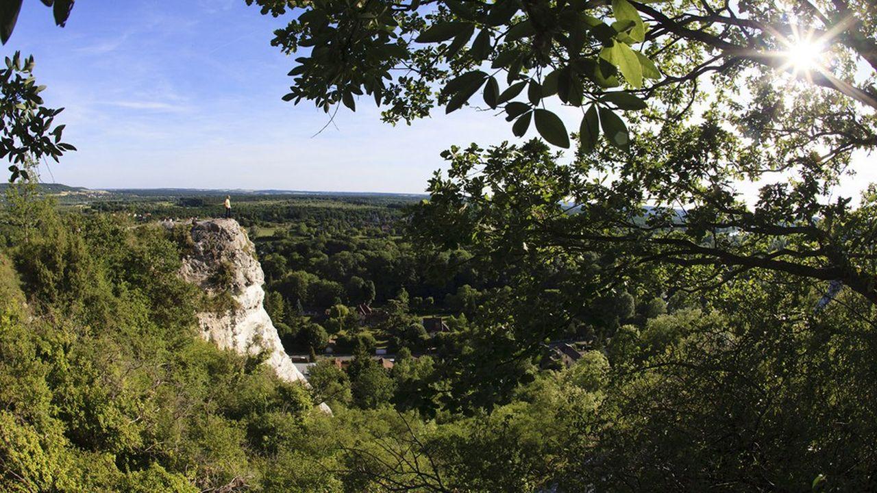 Dans le parc du Vexin, les promeneurs ont retrouvé les balades avec vue sur la Seine entre Vetheuil et la Roche Guyon.