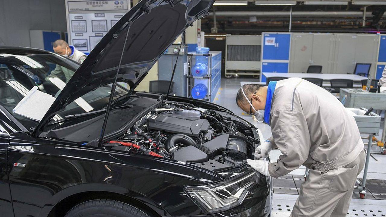 Une ligne d'assemblage de l'usine FAW-Volkswagen Automobile à Changchun.