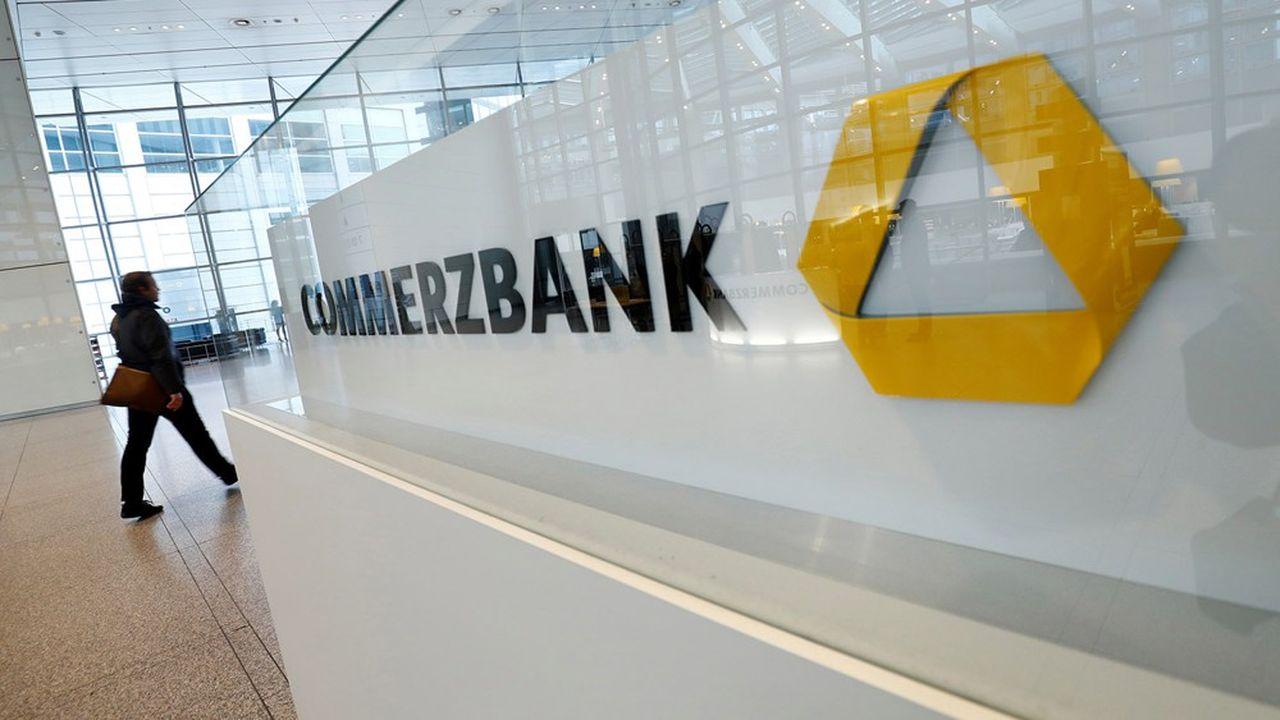 Commerzbank a annoncé une perte de 295millions d'euros au premier trimestre.