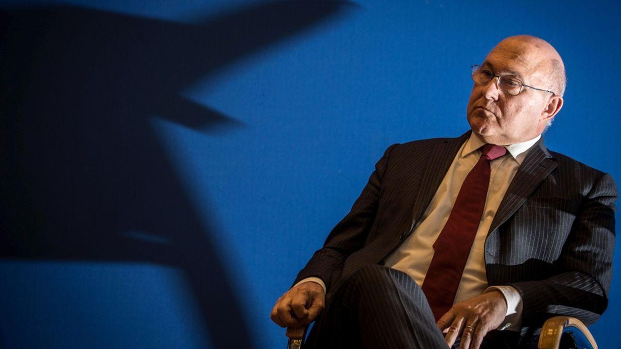 «Gouverner par la peur n'est jamais une bonne manière de faire», tacle Michel Sapin.