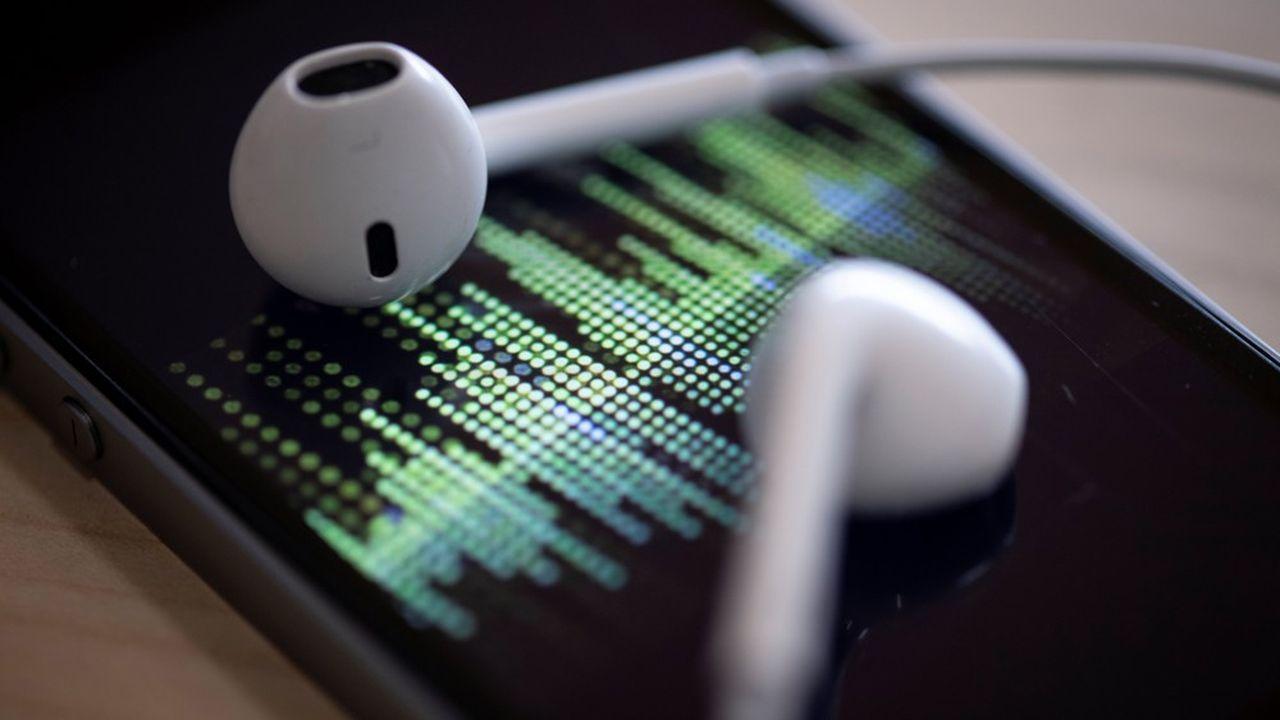 Luminary peine à convaincre les utilisateurs à mettre la main au portefeuille, alors que de nombreux podcasts sont disponibles gratuitement sur la plate-forme d'Apple.