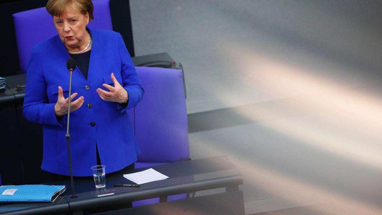 Selon Angela Merkel, un suspect a été identifié par les enquêteurs dans l'affaire de piratage la concernant.