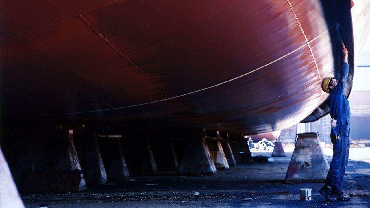 A Kiel, au bord de la mer Baltique, German Naval Yards, dispose de la plus grande cale sèche du pays, un bassin de 426 mètres de long et de 88 mètres de large.
