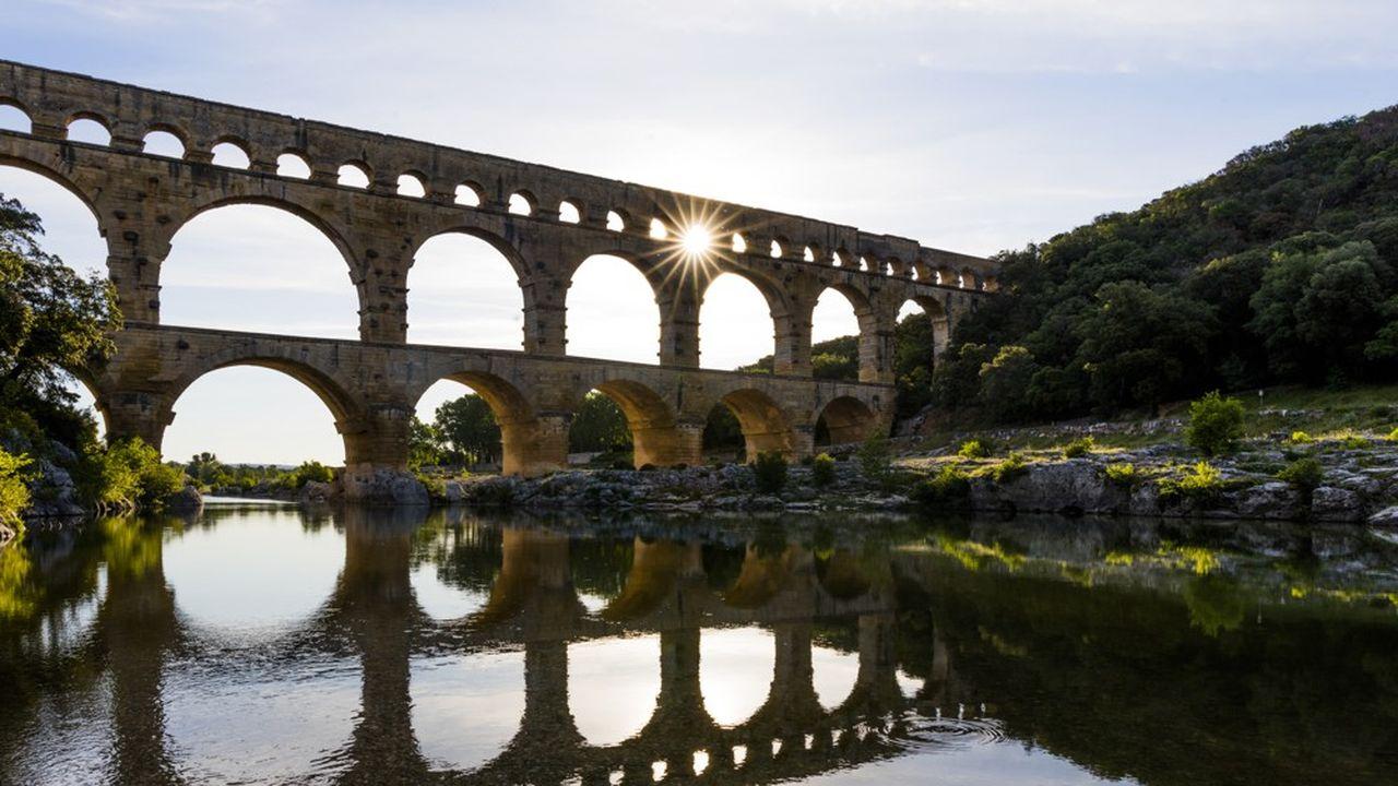 L'EPCC du Pont du Gard est présidé par Patrick Malavieille et emploie 107 salariés.