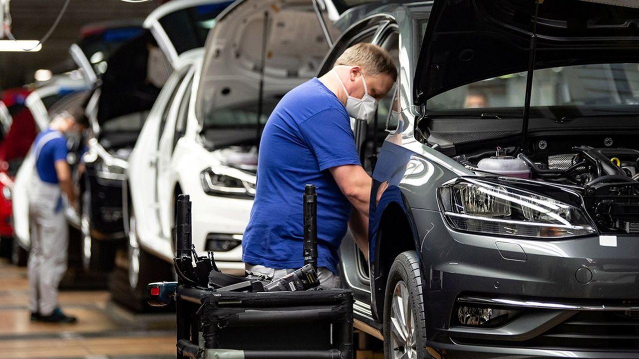 VW a suspendu de nouveau la production des modèles Tiguan, Touran et Seat Tarraco dans son usine de Wolfsburg jusqu'au 29mai.