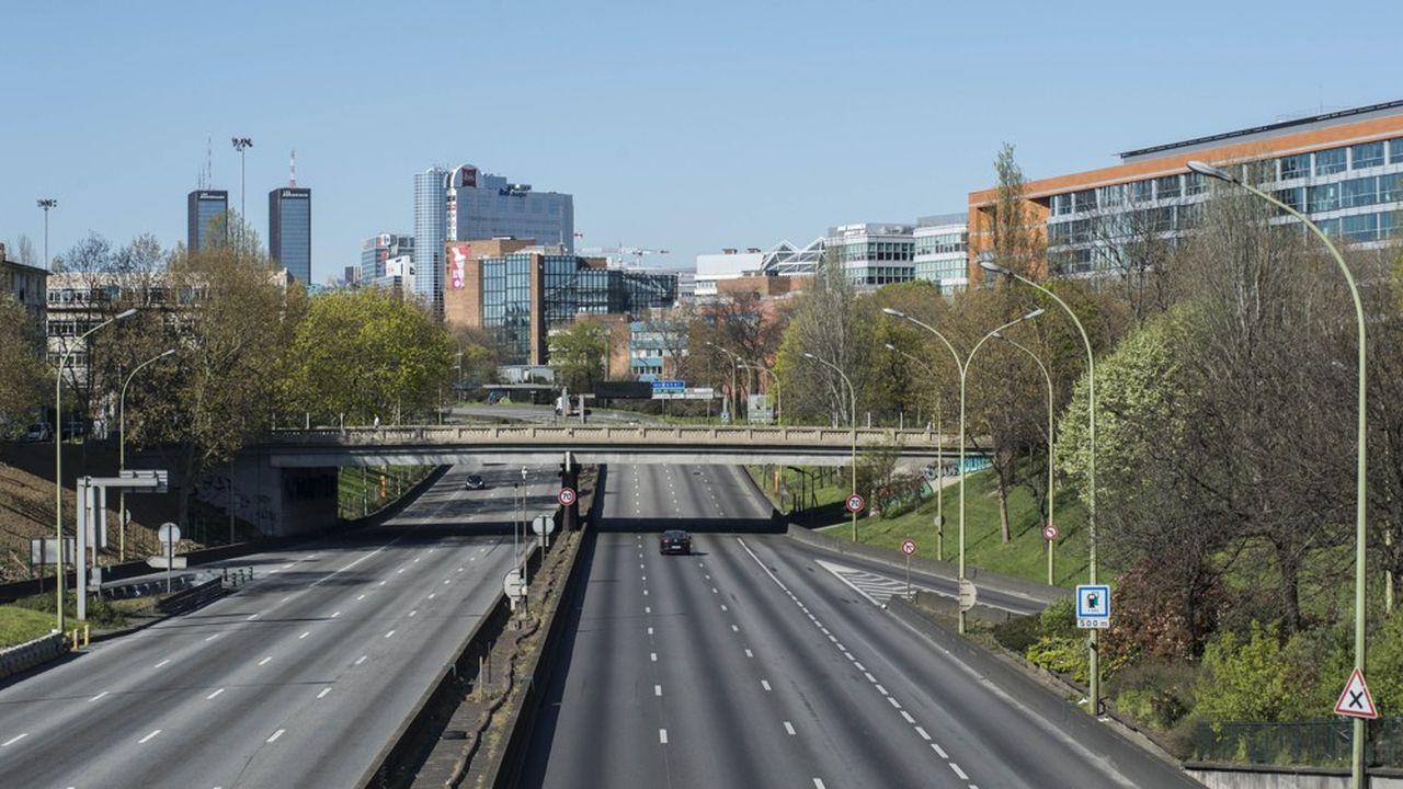 La plupart des axes routiers de la capitale et d'Ile-de-France sont restés vides depuis la mi-mars