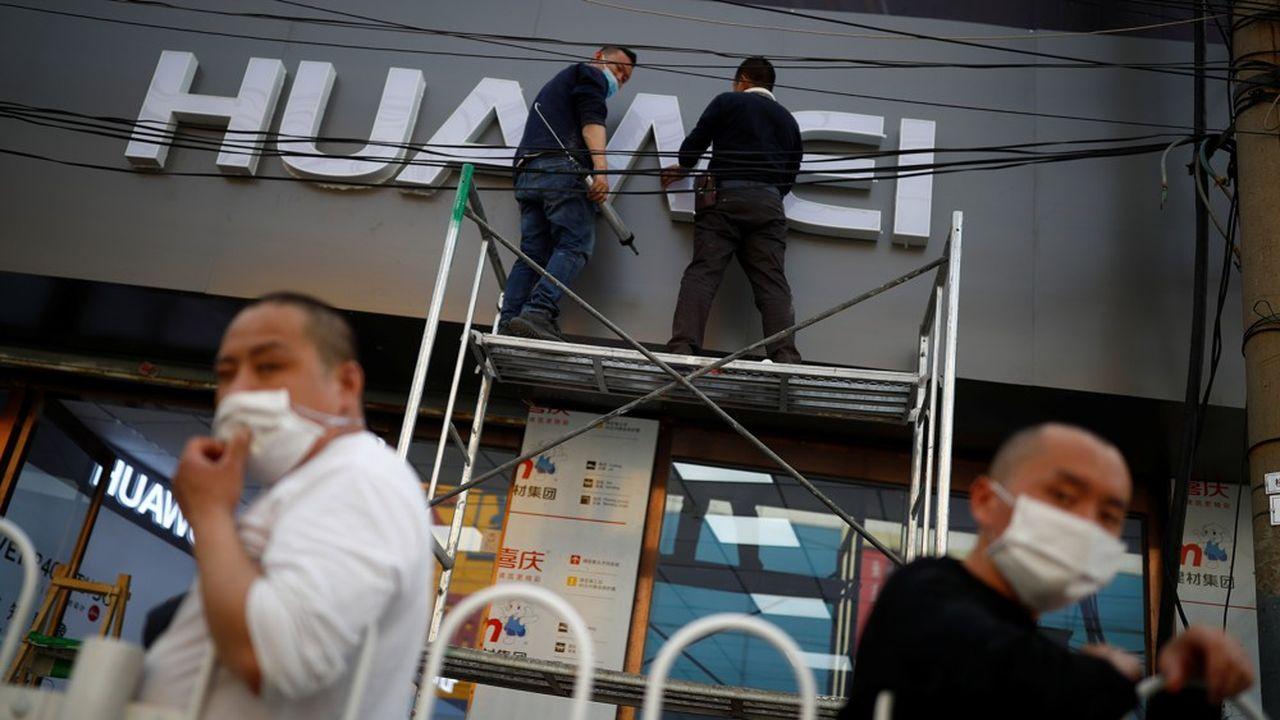 Les Etats-Unis ont annoncé vendredi de nouvelles mesures contre Huawei sur le marché des semi-conducteurs.