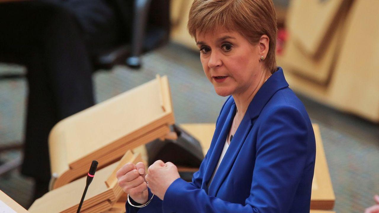 La chef du gouvernement écossais, Nicola Sturgeon, s'oppose aux plans de Londres.