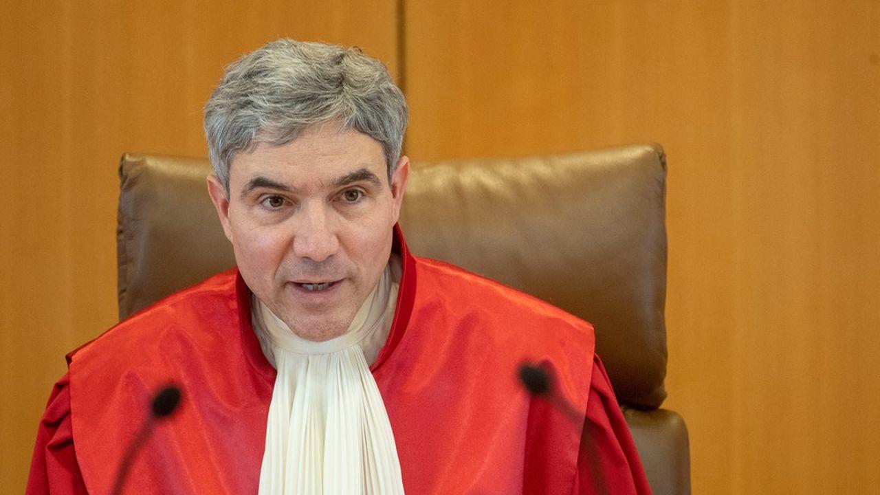 Depuis qu'il siège à la Cour suprême allemande, Stephan Harbarth a pris ses distances vis-à-vis de son ancien groupe politique.