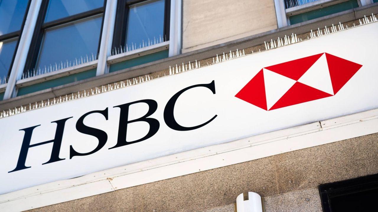 Trois candidats examinent une reprise de la banque de détail de HSBC France, en plus de La Banque Postale et de Société Générale, de sources concordantes.