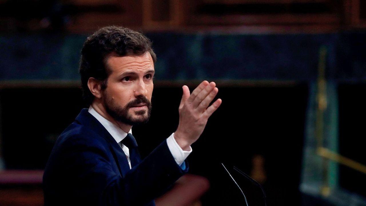 Le leader du Parti populaire, Pablo Casado, dénonce l'asphyxie de l'économie.