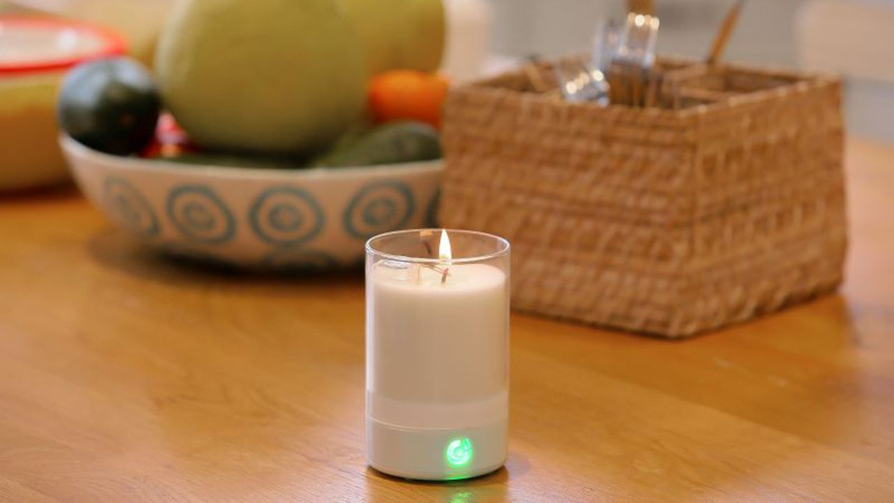 Candle-Touch-has-launched-an-app-enabled-real-fire-wax-based-candle_1.jpg