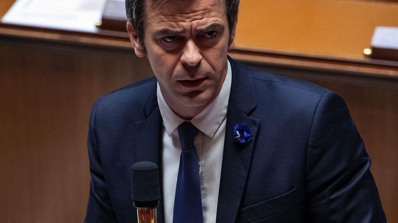 Le ministre des Solidarités et de la Santé, Olivier Véran, a obtenu qu'une fraction de la CSG soit consacrée à la dépendance dès 2024.