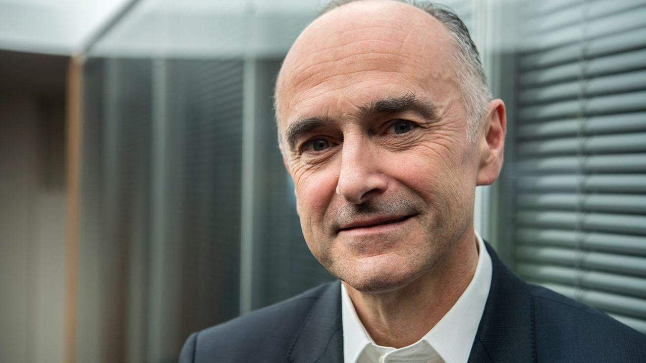L'an dernier, la rémunération variable de Jean-Pierre Denis, le président du conseil de Crédit Mutuel Arkéa, s'élevait à 1million d'euros, le double de son fixe.