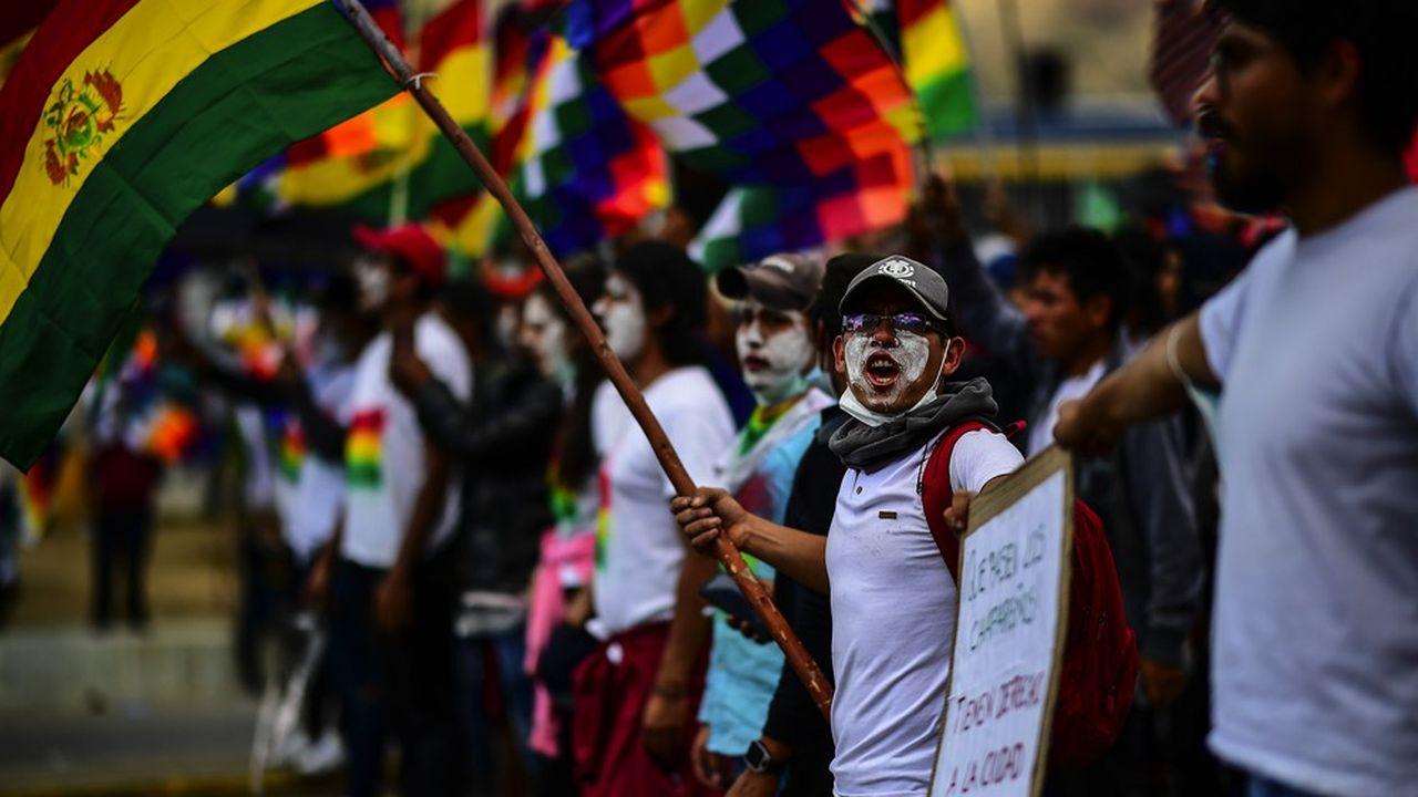 Les manifestations ont commencé à Cochabamba, dans le fief d'Evo Morales, le président déchu.