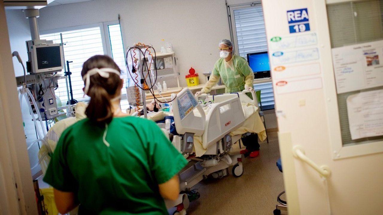 La pandémie de Covid-19 a tué plus de 28.000 personnes en France.