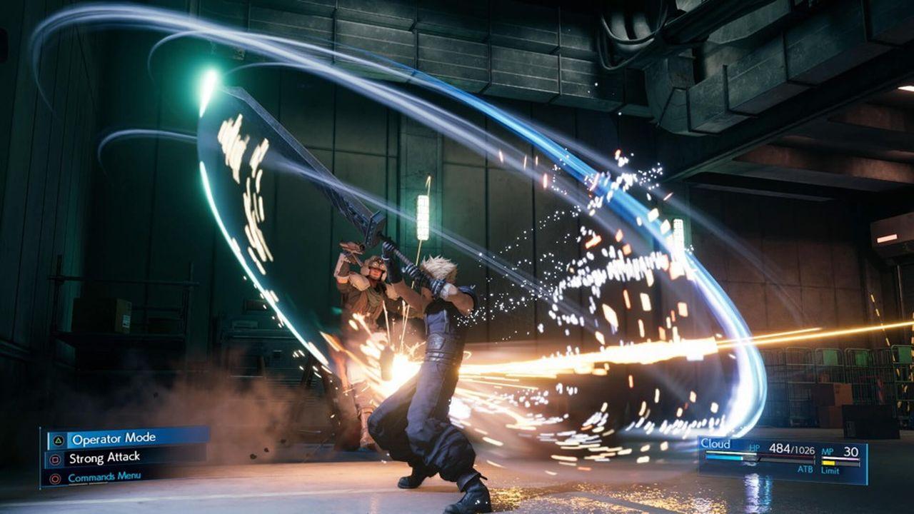 Lors de ses troispremiers jours d'exploitation début avril, Square Enix a écoulé 3,5millions d'exemplaires de Final Fantasy VII Remake uniquement sur la Playstation4.