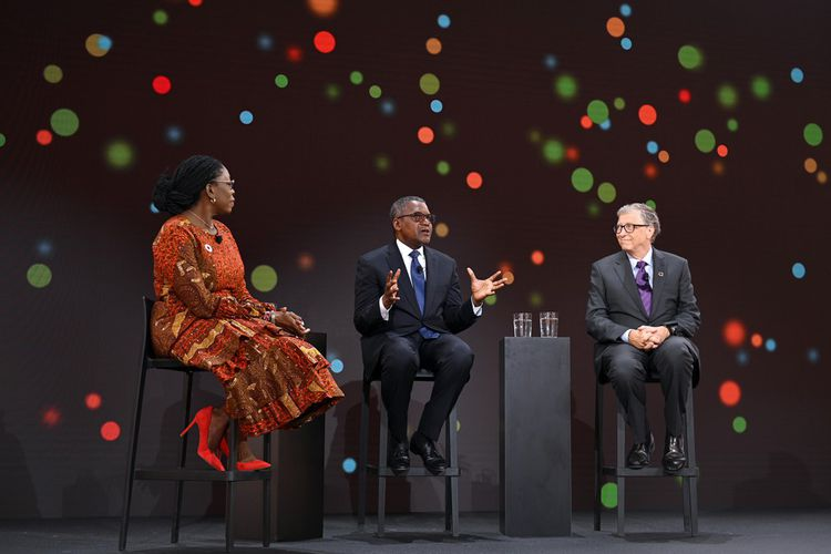 Zouera Youssoufou, Aliko Dangote et Bill Gates au Goalkeepers 2019 au Jazz at Lincoln Center de New York, septembre 2019
